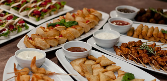 Yummy foods platters dinners snacks and desserts for Canape platters cape town